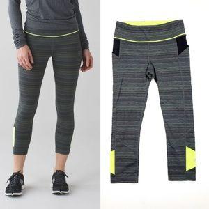 "lululemon athletica Pants - Lululemon Pace Rival Crop 22"" Leggings SZ 6 green"